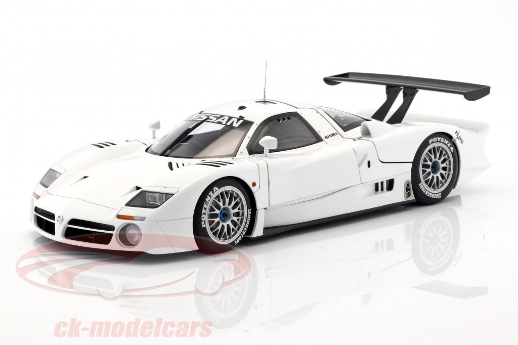 autoart-1-18-nissan-r390-gt1-lemans-year-1998-white-89877/