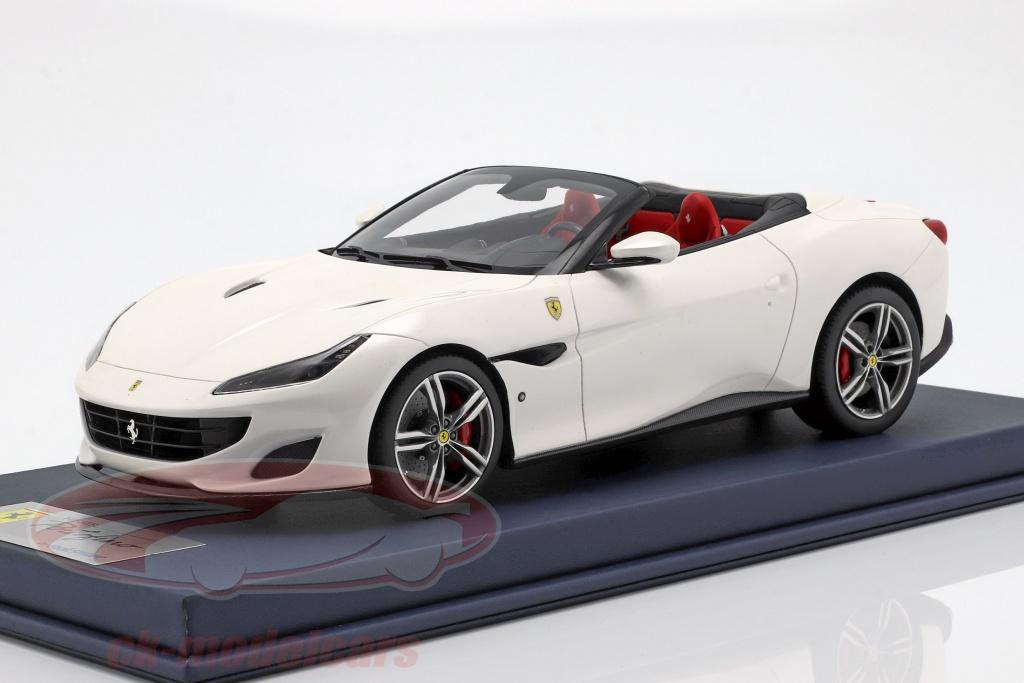 looksmart-1-18-ferrari-portofino-cabriolet-open-top-bouwjaar-2017-italia-wit-met-vitrine-ls18-017c/