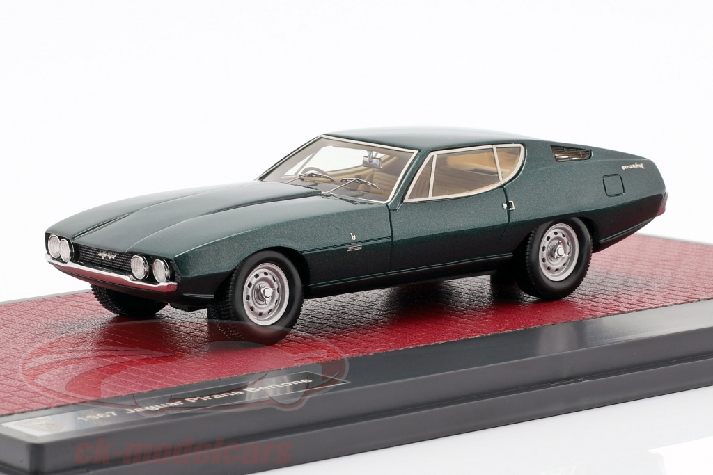 matrix-1-43-jaguar-pirana-bertone-year-1967-dark-green-metallic-mx41001-102/