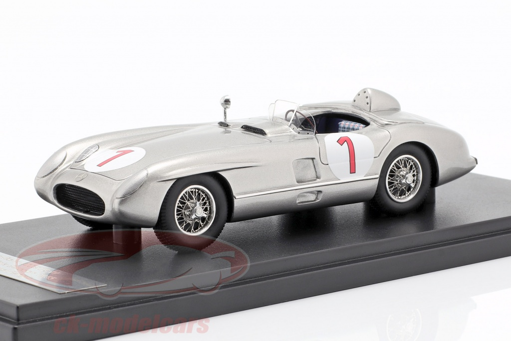 matrix-1-43-mercedes-benz-300-slr-no1-vencedor-suecia-gp-1955-mx41302-013/