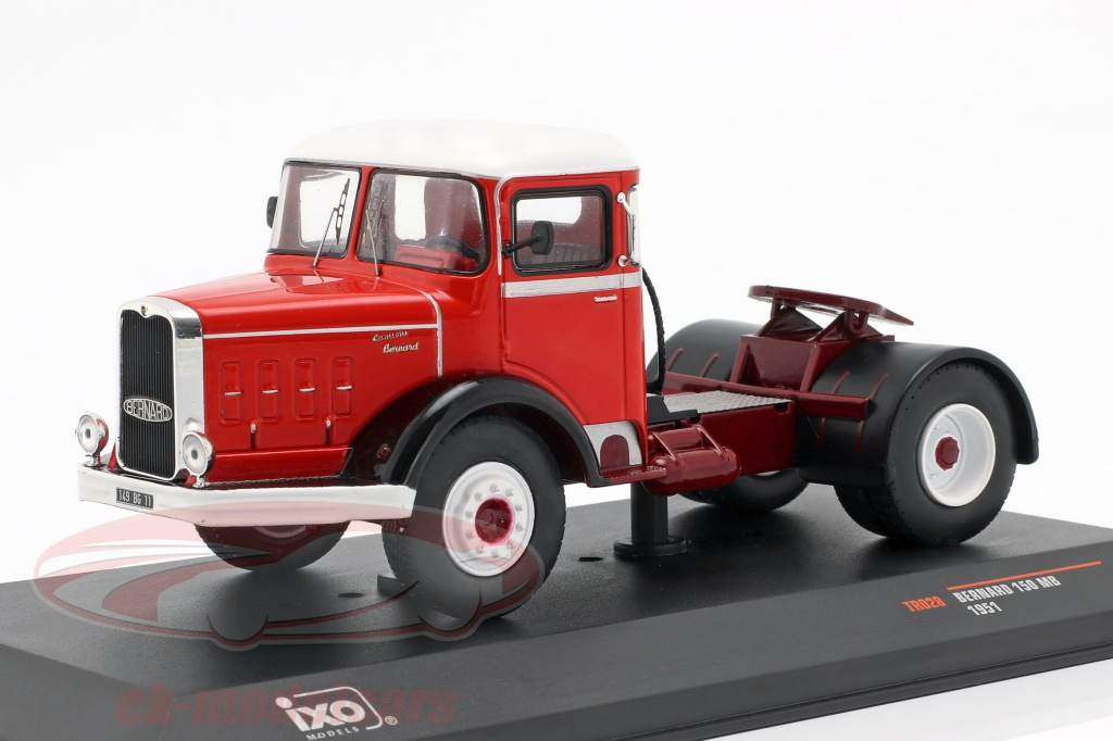 ixo-1-43-bernard-150-mb-caminhao-ano-de-construcao-1951-vermelho-branco-tr028/