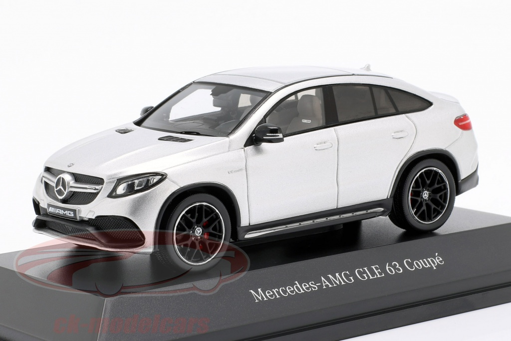 spark-1-43-mercedes-benz-amg-gle-63-coupe-c292-iridio-plata-b66960423/
