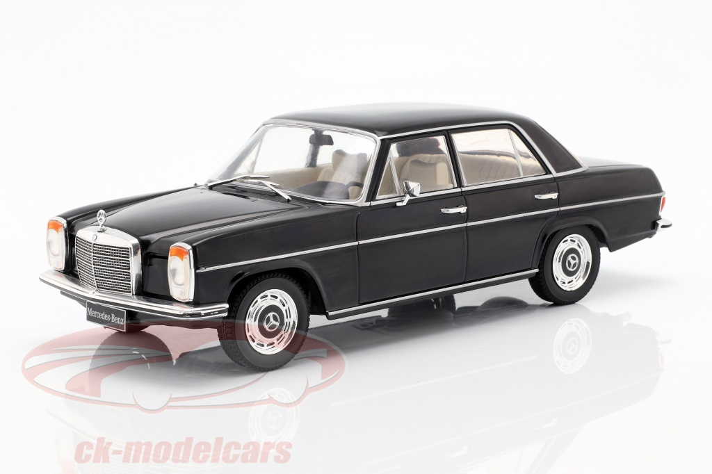 modelcar-group-1-18-mercedes-benz-220d-w115-annee-de-construction-1972-noir-mcg18117/