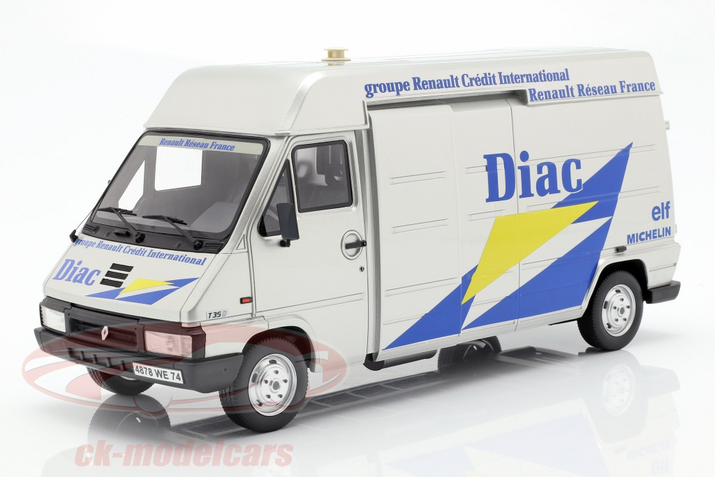 ottomobile-1-18-3-car-set-rallye-monte-carlo-1995-renault-master-clio-maxi-no15-trailer-ot289b/