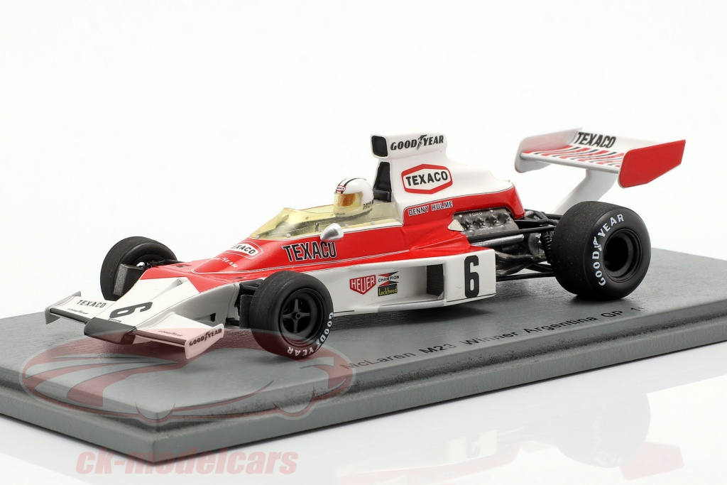 spark-1-43-denis-hulme-mclaren-m23-no6-winner-argentinian-gp-formula-1-1974-s7146/