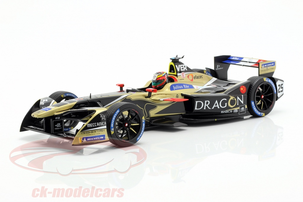 spark-1-18-j-e-vergne-renault-ze17-no25-winnaar-new-york-formule-e-2017-18-18fe04/