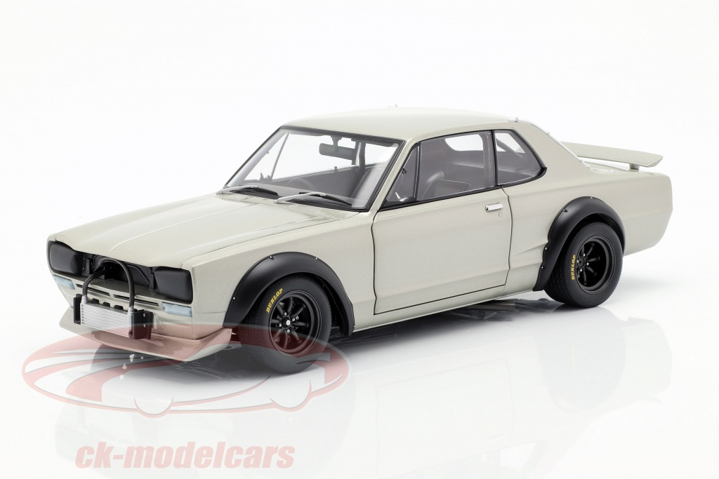 autoart-1-18-nissan-skyline-gt-r-kpgc-10-racing-construction-year-1972-silver-87277/