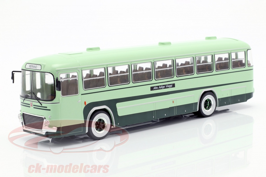 ixo-1-43-fiat-306-3-bus-annee-de-construction-1972-vert-bus020/