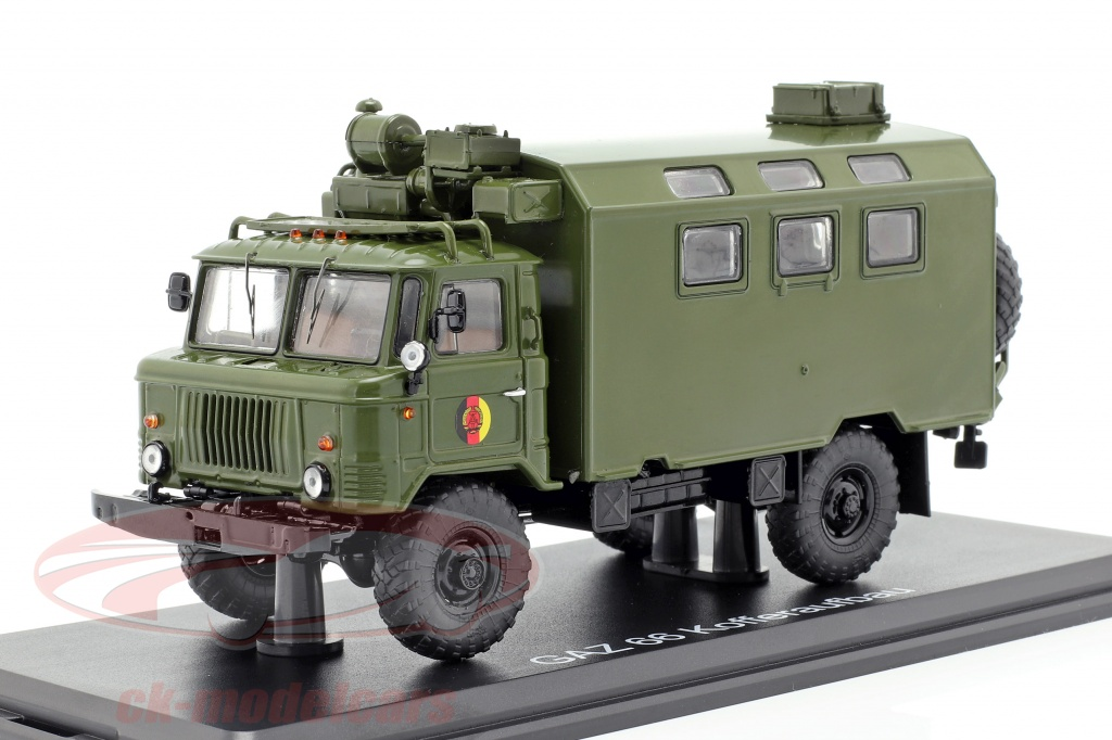 premium-classixxs-1-43-gaz-66-kofferaufbau-nva-truck-military-vehicle-dark-olive-pcl47098/
