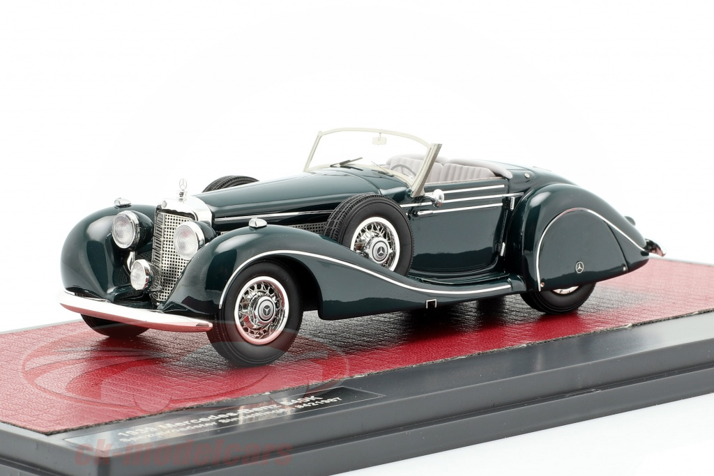 matrix-1-43-mercedes-benz-540k-special-roadster-sindelfingen-year-1939-dark-green-mx41302-161/