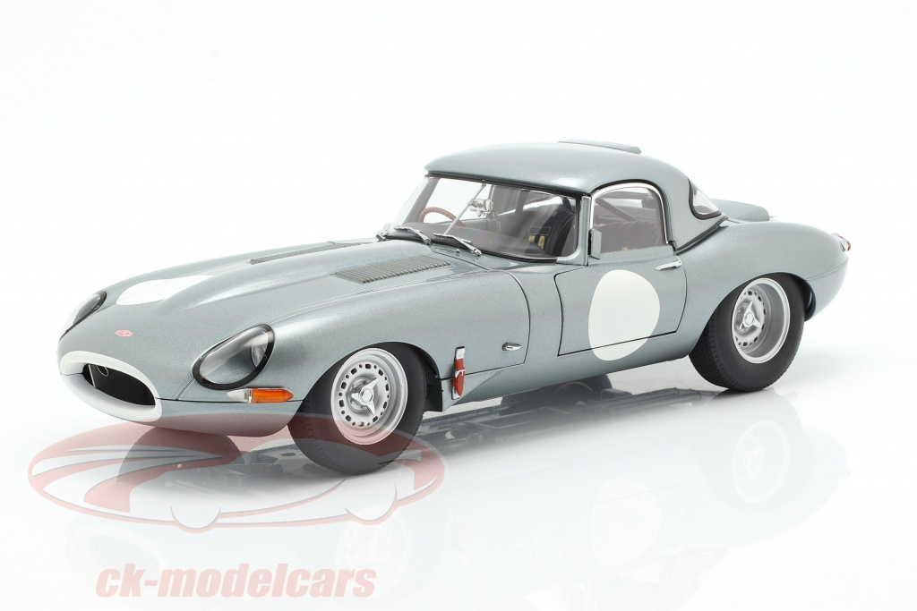 autoart-1-18-jaguar-lightweight-e-type-with-removable-top-year-2015-silver-73646/