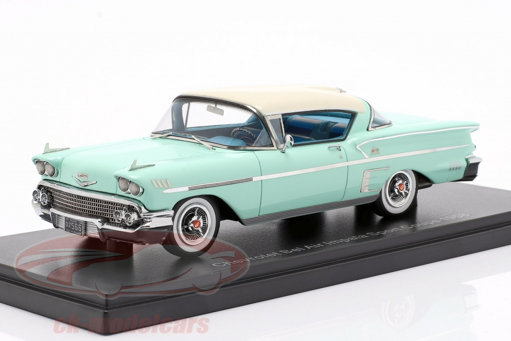 neo-1-43-chevrolet-bel-air-impala-sport-coupe-opfrselsr-1958-lyse-grn-hvid-neo49566/