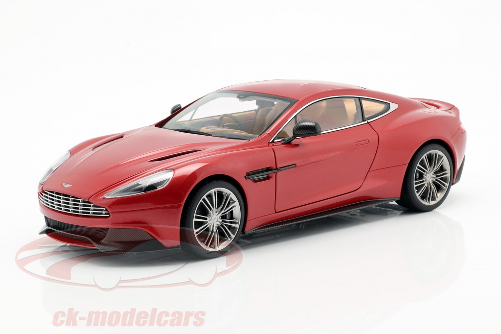 autoart-1-18-aston-martin-vanquish-annee-2015-volcan-rouge-70249/