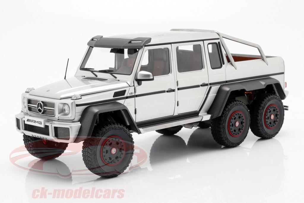 autoart-1-18-mercedes-benz-g63-amg-6x6-jaar-2013-zilver-76301/