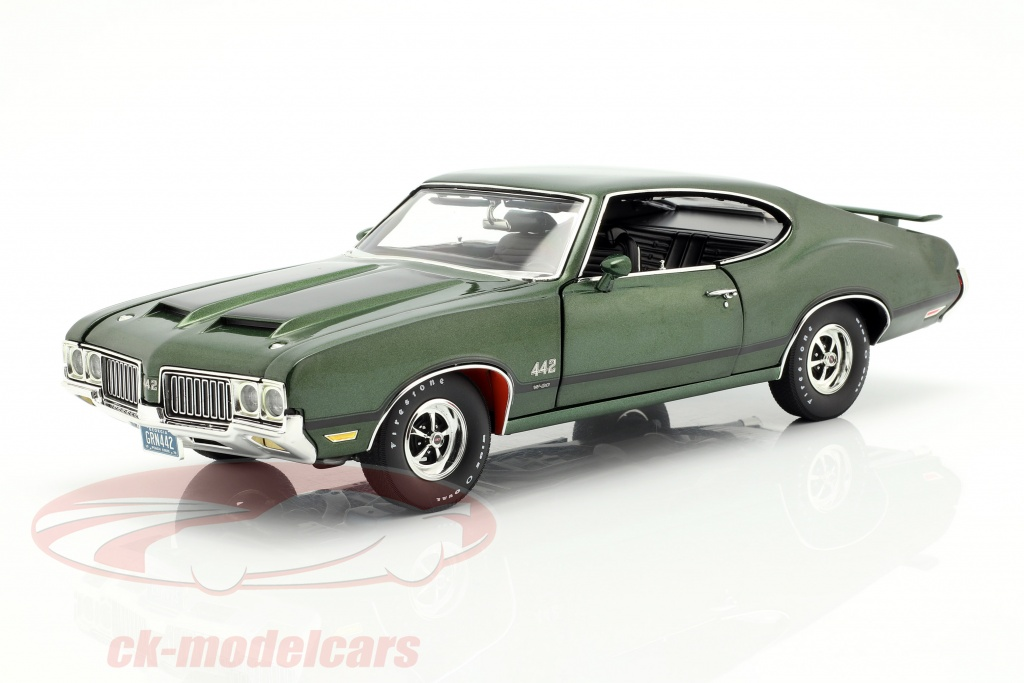 gmp-1-18-oldsmobile-442-w-30-year-1970-green-black-a1805612/