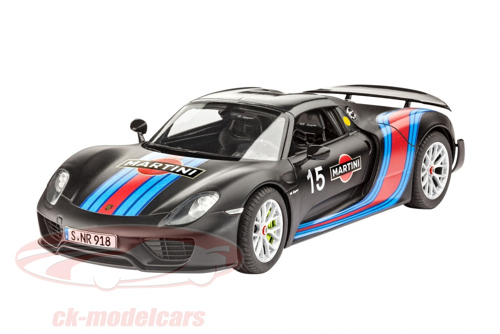 revell-1-24-porsche-918-weissach-package-martini-racing-design-no15-kit-07027/