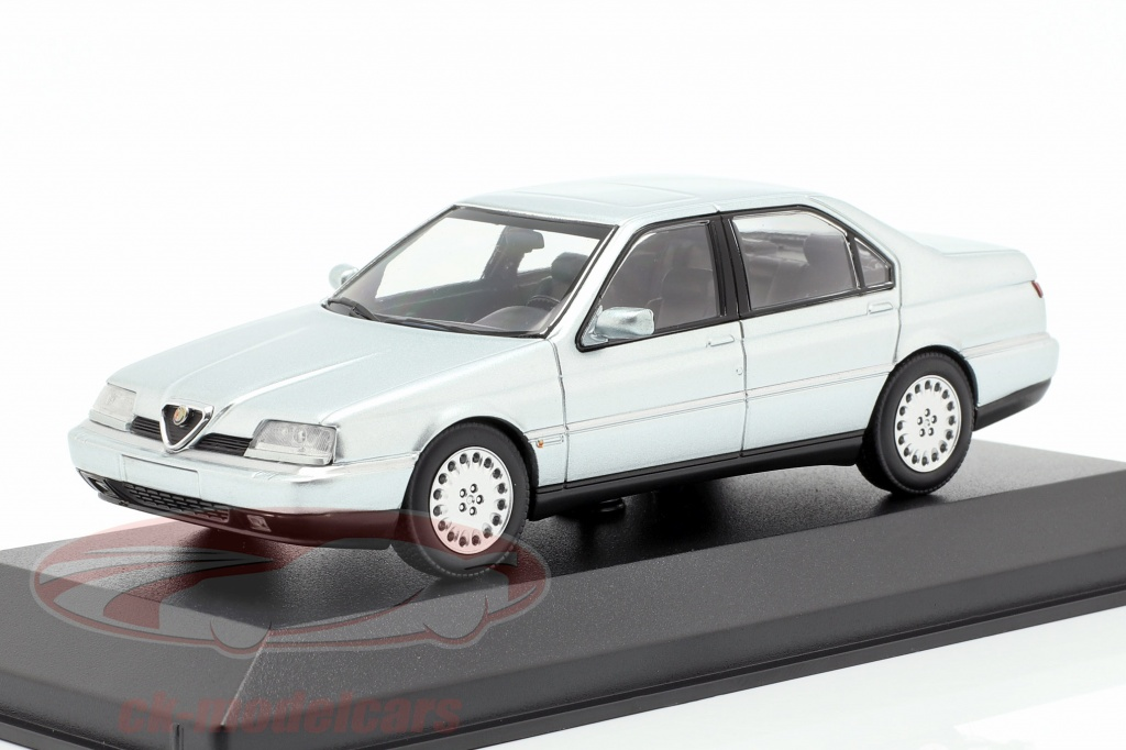 minichamps-1-43-alfa-romeo-164-30-v6-super-anno-di-costruzione-1992-argento-metallico-940120701/