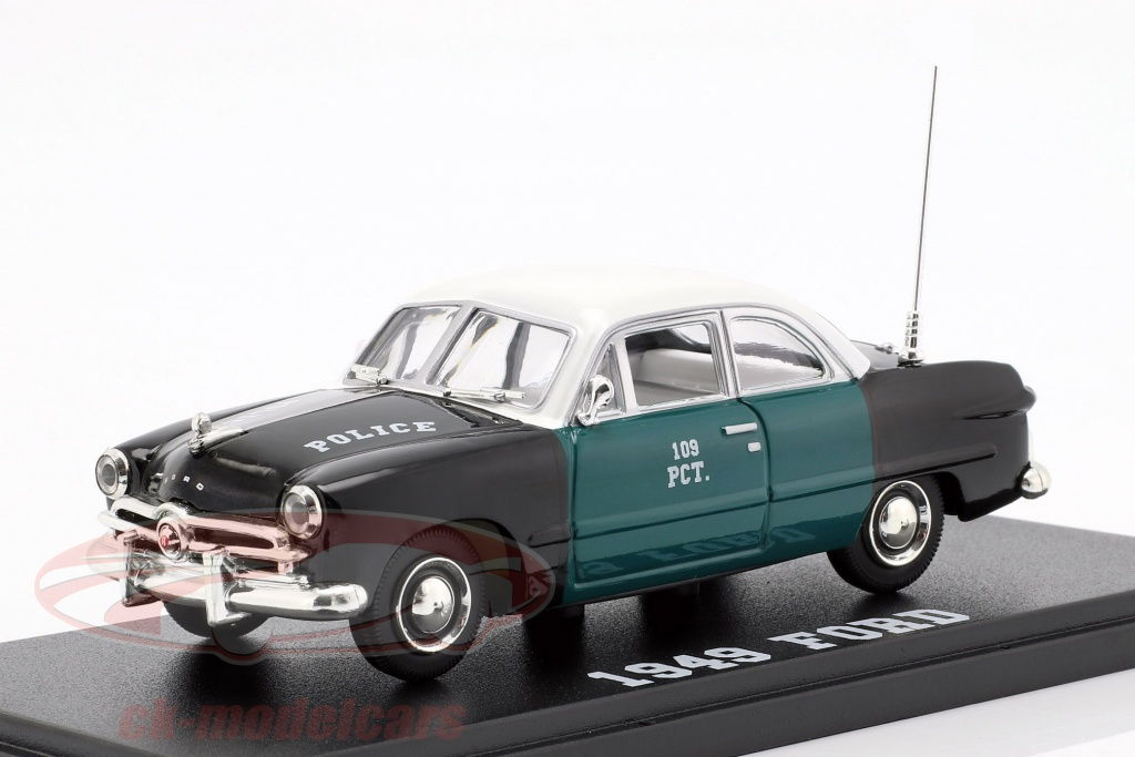 greenlight-1-43-ford-nypd-year-1949-green-black-white-86165/