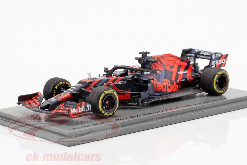spark-1-43-max-verstappen-red-bull-racing-rb15-no33-silverstone-shakedown-f1-2019-s6084/