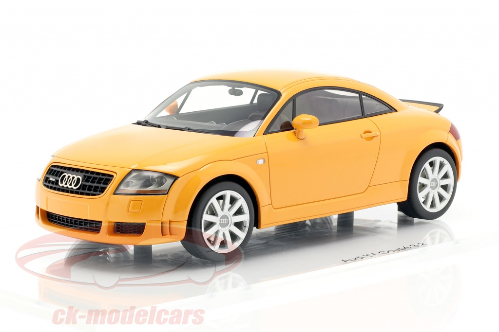 dna-collectibles-1-18-audi-tt-32-ano-de-construccion-2003-papaya-naranja-dna000040/