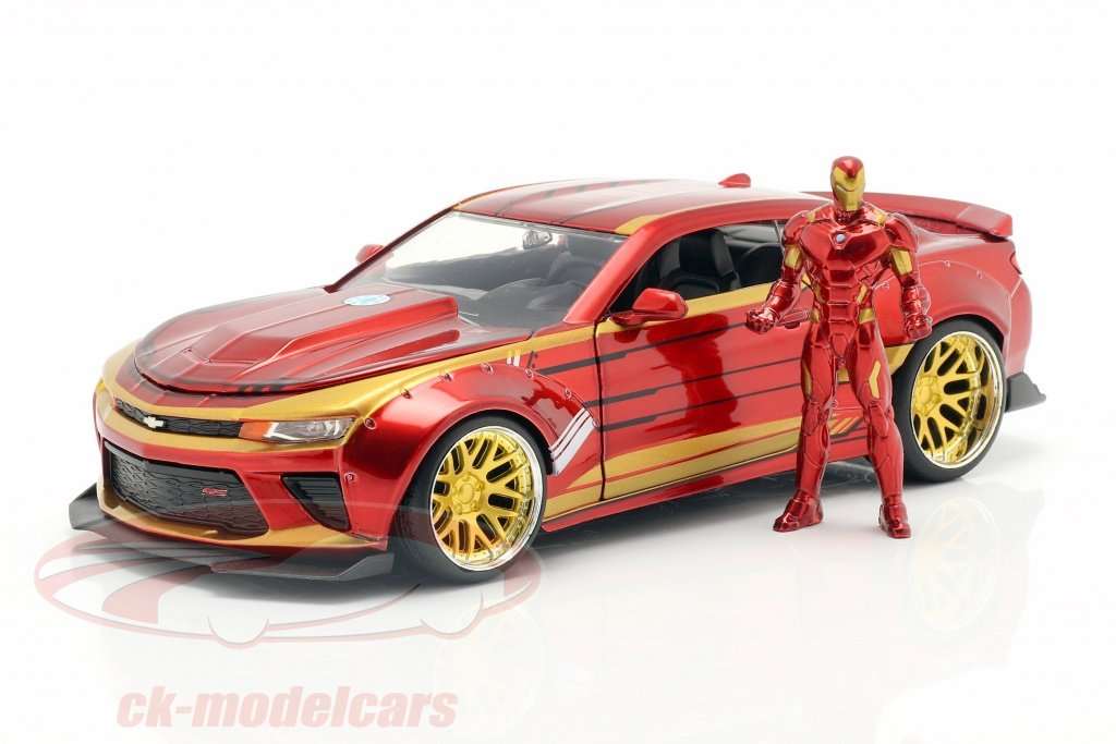 jadatoys-1-24-chevrolet-camaro-2016-with-figure-iron-man-marvels-the-avengers-red-gold-99724/