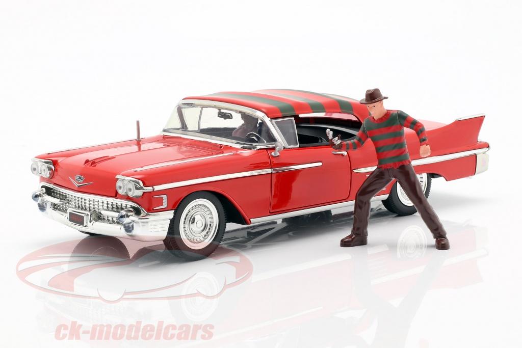 jadatoys-1-24-cadillac-series-62-annee-de-construction-1958-avec-freddy-krueger-figure-rouge-31102/