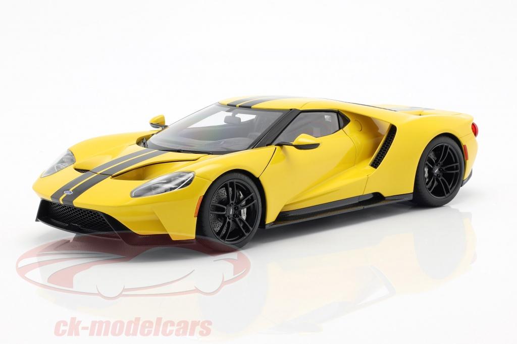 autoart-1-18-ford-gt-anno-di-costruzione-2017-triple-giallo-con-nero-strisce-72944/