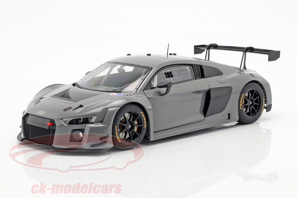 autoart-1-18-audi-r8-lms-plain-body-version-2016-nardo-grijs-81801/