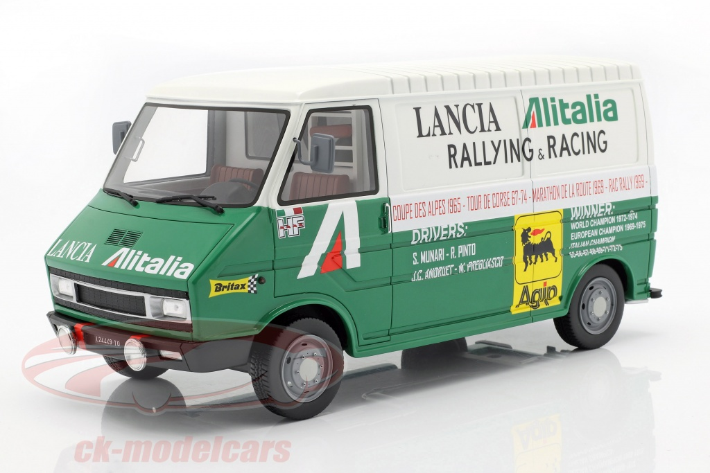 laudoracing-models-1-18-fiat-242-van-rally-assistance-lancia-team-1974-grn-hvid-lm107a1/