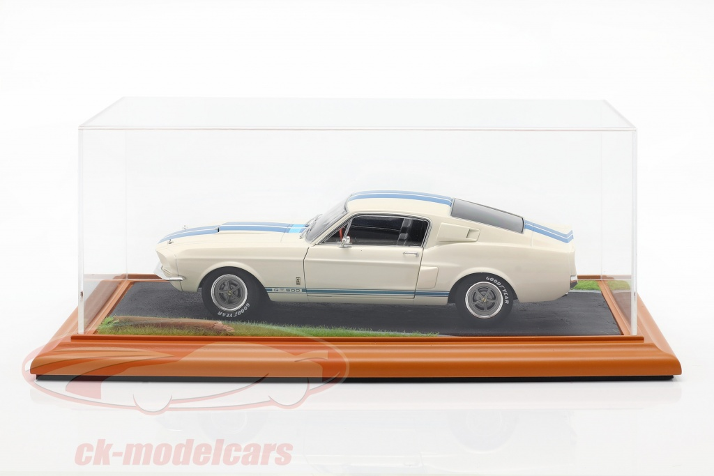 hochwertige-acryl-vitrine-mit-diorama-bodenplatte-country-road-1-18-atlantic-30104/