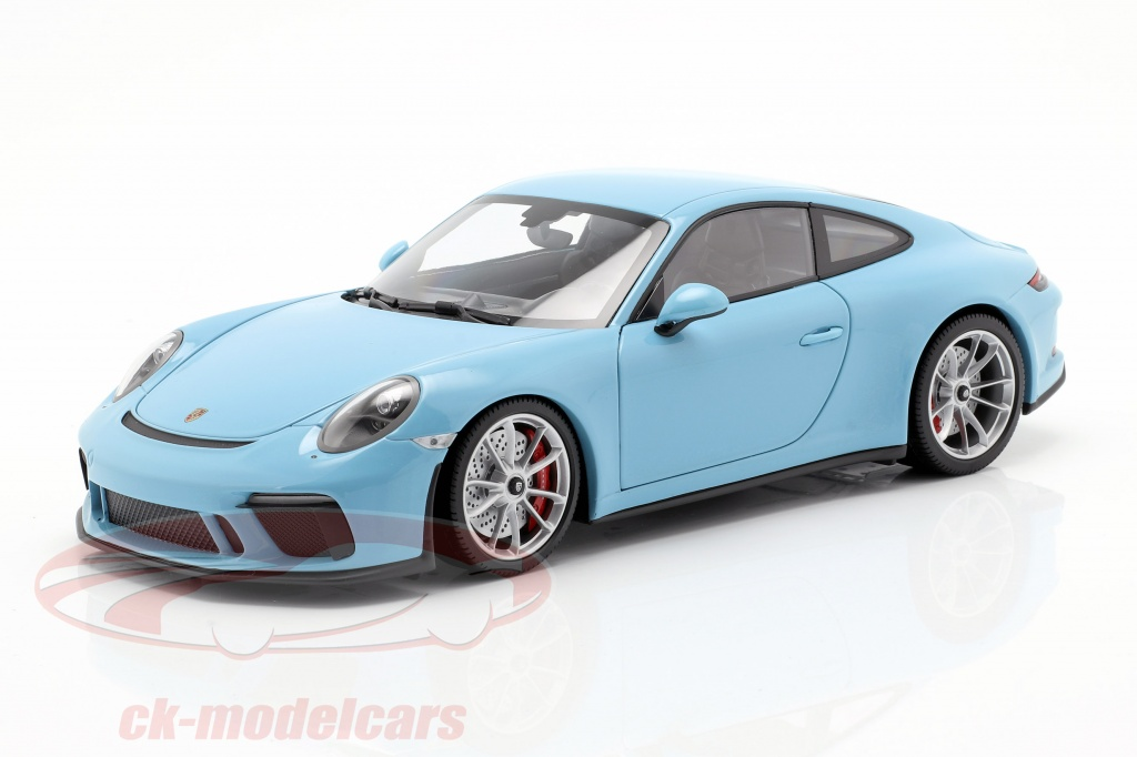 minichamps-1-18-porsche-911-991-ii-gt3-touring-year-2018-blue-110067420/