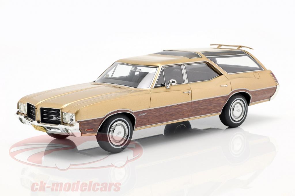 bos-models-1-18-oldsmobile-vista-cruiser-baujahr-1971-goldmetallic-bos351/