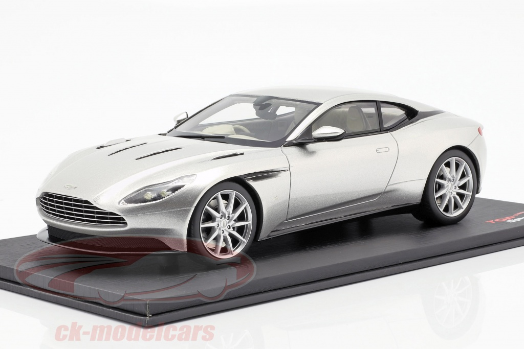 true-scale-1-18-aston-martin-db11-coupe-opfrselsr-2017-slv-ts0126/