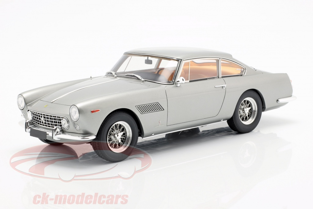 matrix-1-18-ferrari-250-gte-22-year-1960-silver-mxl0604-041/