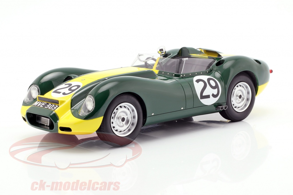 matrix-1-18-jaguar-lister-no29-vencedor-daily-express-sports-car-race-silverstone-1958-moss-mxl1001-022/