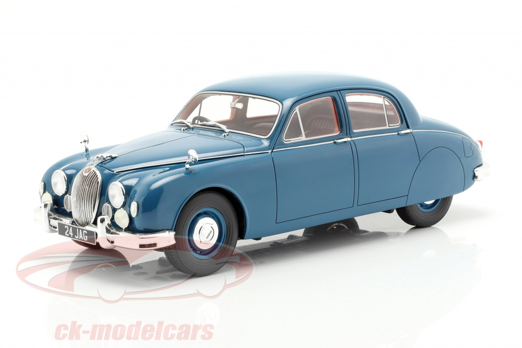 cult-scale-models-1-18-jaguar-24-mki-year-1955-blue-cml047-2/