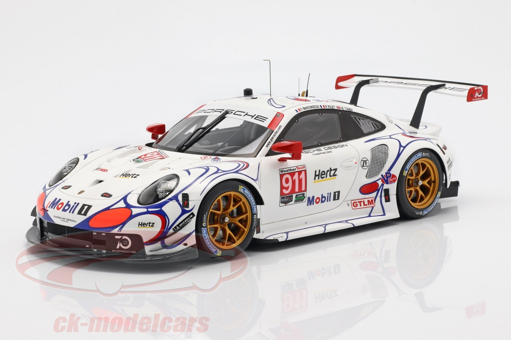 spark-1-18-porsche-911-rsr-no911-class-winner-petit-lemans-2018-porsche-gt-team-18s353/