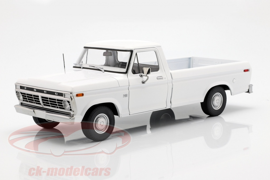 greenlight-1-18-ford-f-100-pick-up-opfrselsr-1973-hvid-13536/