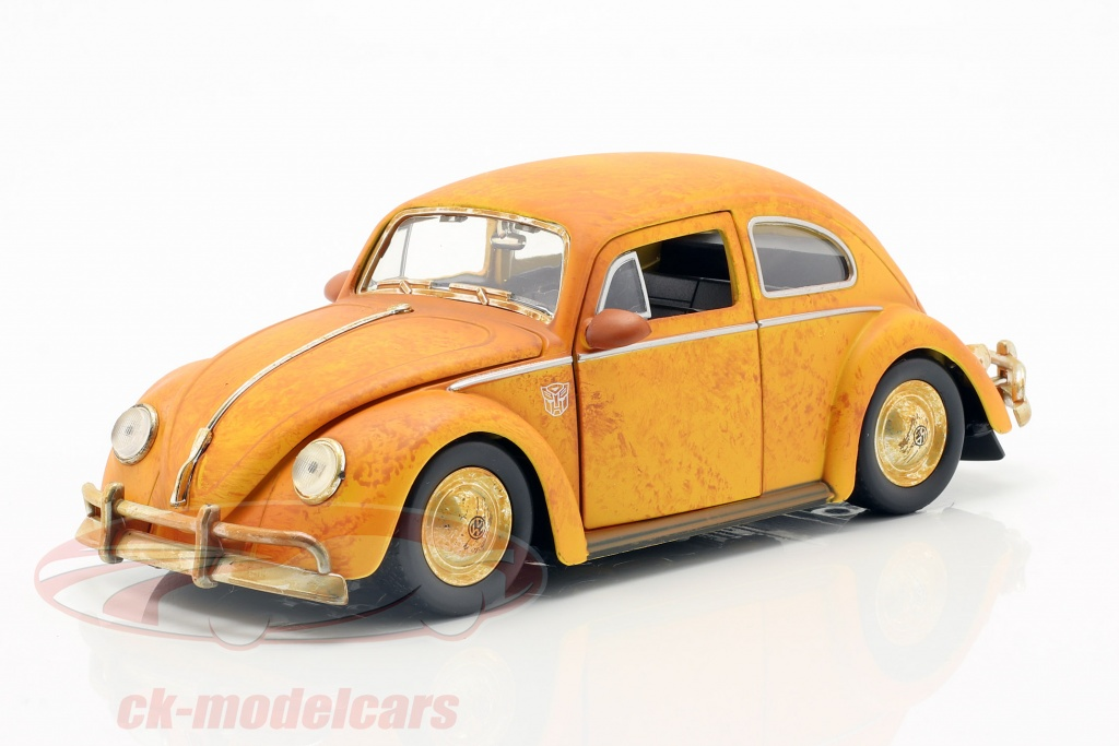 jadatoys-1-24-volkswagen-vw-beetle-bumblebee-with-charlie-figure-transformers-30114/