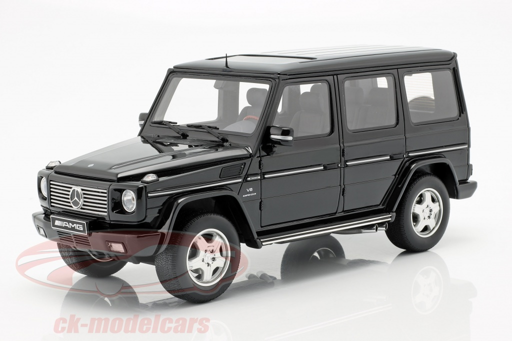 ottomobile-1-18-mercedes-benz-g-class-55-amg-year-2003-obsidian-black-ot320/