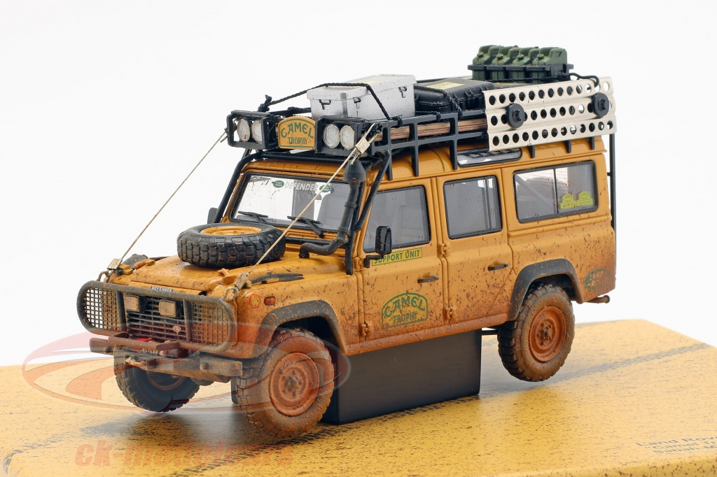 almost-real-1-43-land-rover-defender-110-camel-trophy-support-unit-1993-dirty-version-410309/