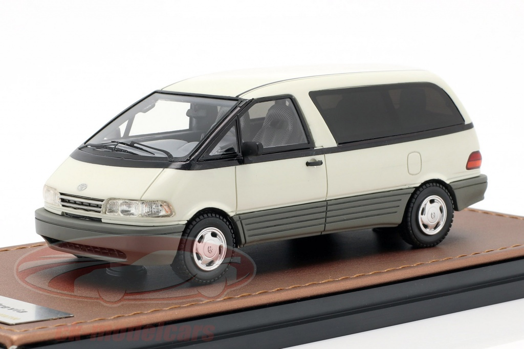 great-lighting-models-1-43-toyota-previa-year-1994-white-glm300102/