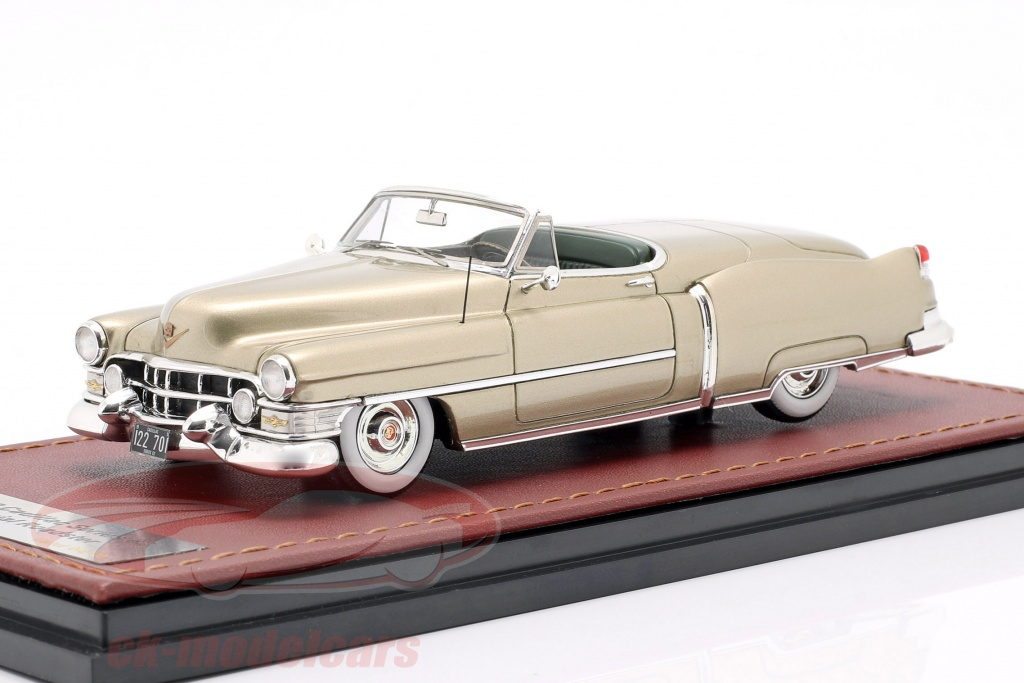 great-lighting-models-1-43-cadillac-series-62-special-roadster-1952-gold-metallic-glm122701/