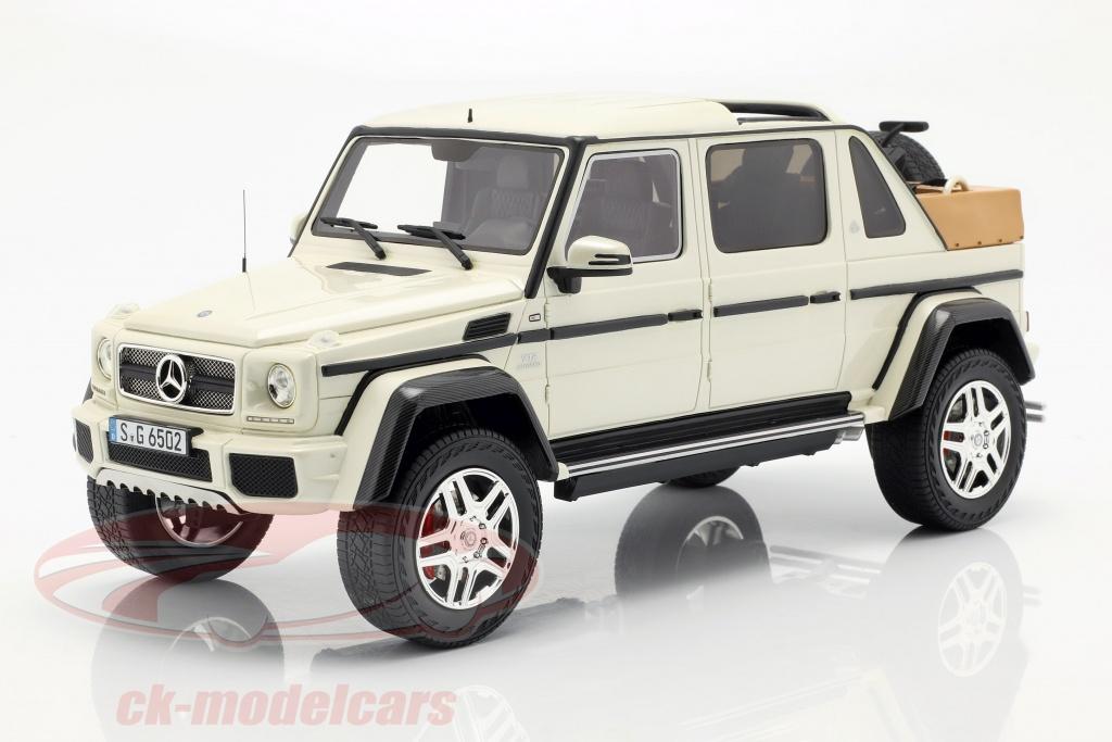 schuco-1-18-mercedes-benz-maybach-g650-landaulet-hvid-450017800/