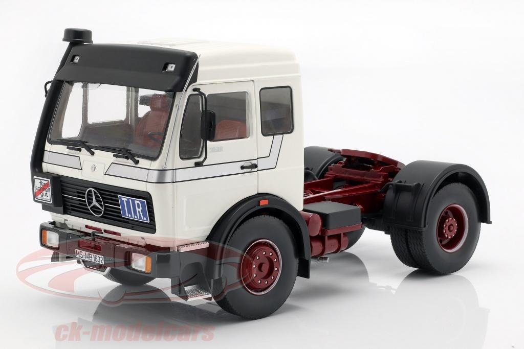 road-kings-1-18-mercedes-benz-ng-1632-tracteur-annee-de-construction-1973-blanc-rk180043/