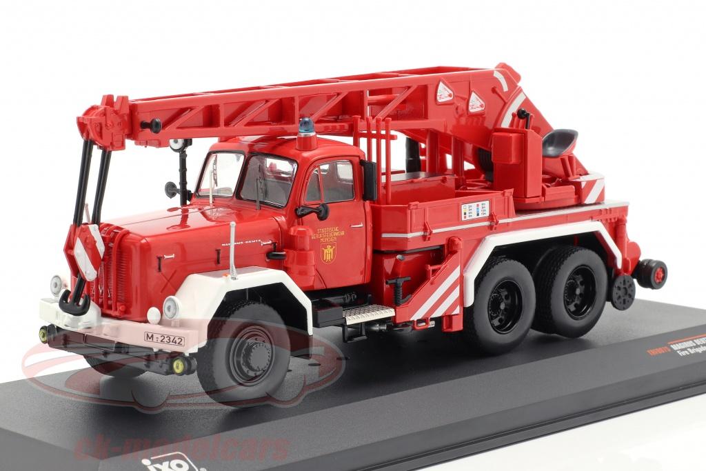 ixo-1-43-magirus-deutz-uranus-kw-16-departamento-de-bomberos-munich-trf007s/