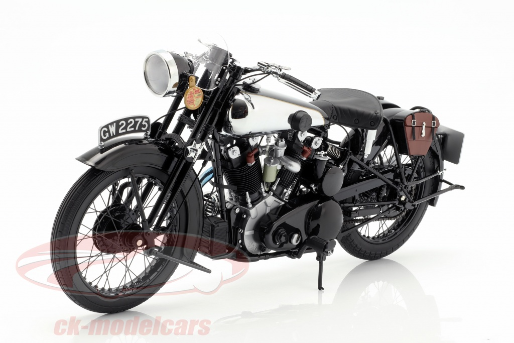 minichamps-1-6-brough-superior-ss100-te-lawrence-opfrselsr-1932-sort-062135500/