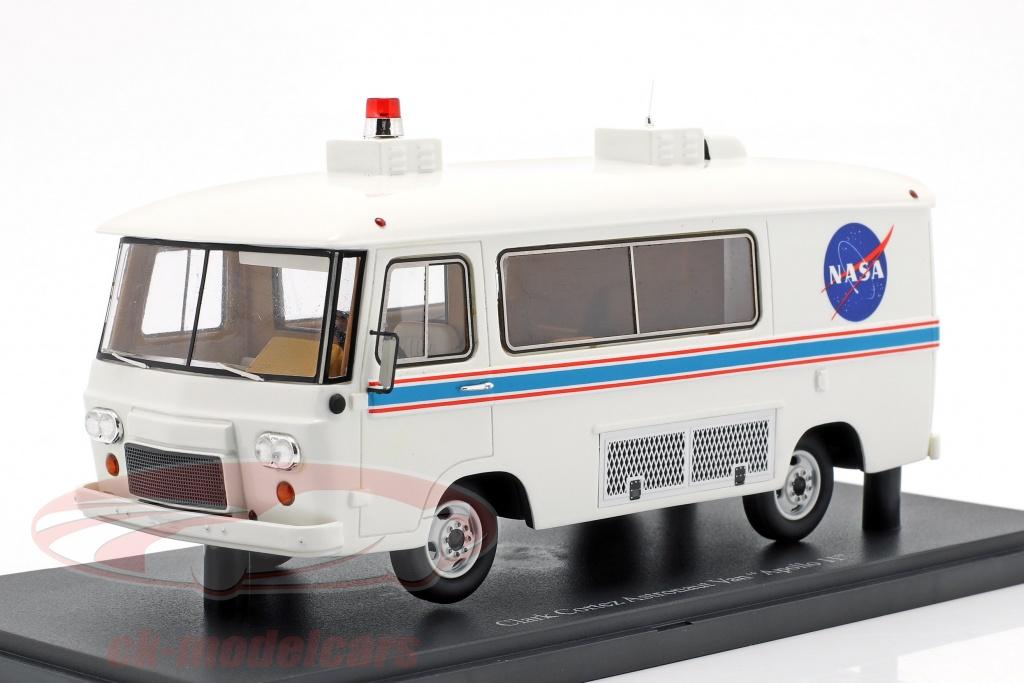autocult-1-43-clark-cortez-astronaut-furgoneta-apollo-11-nasa-ano-de-construccion-1969-blanco-10006/