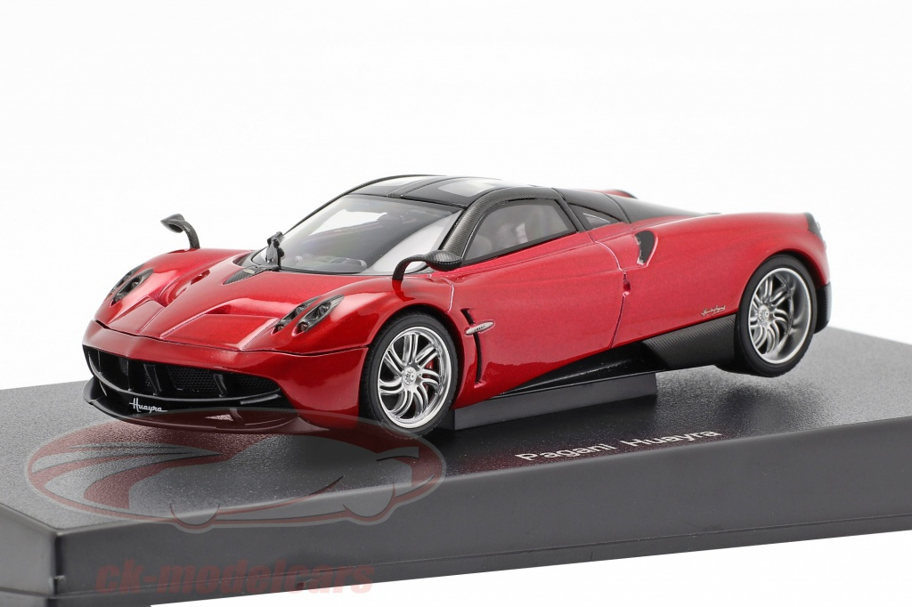 autoart-1-43-pagani-huayra-jaar-2011-rood-metalen-58208/