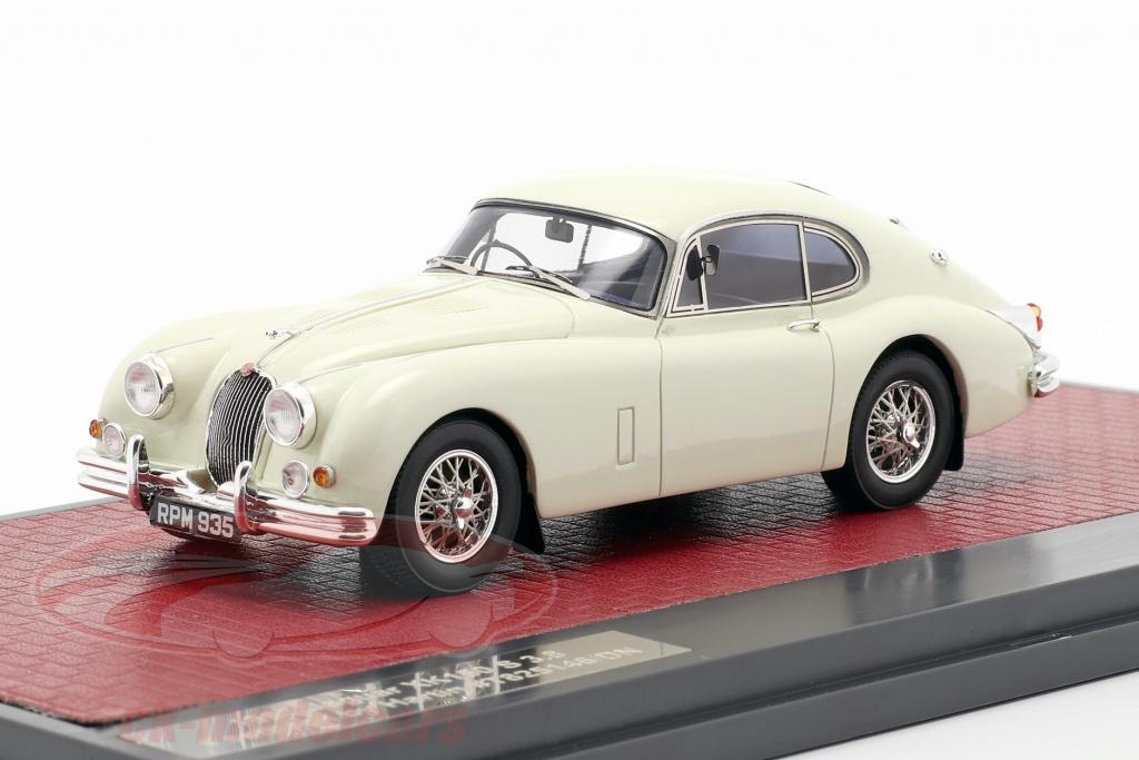 matrix-1-43-jaguar-xk150-s-38-fastback-by-hartin-1960-crema-blanco-mx41001-141/